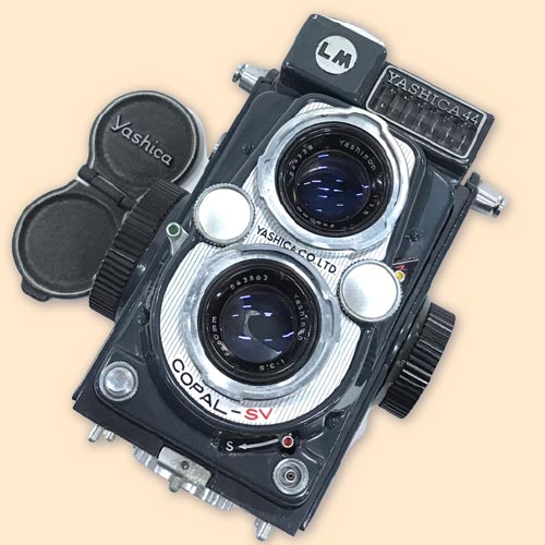 YASHICA 44 ボディ Yashinon 13.5 60mm レンズ 二眼レフ
